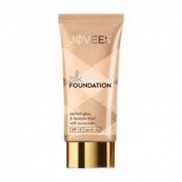 Jovees Silk Foundation (SPF 15), 30gm